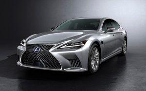 Renting Lexus ES