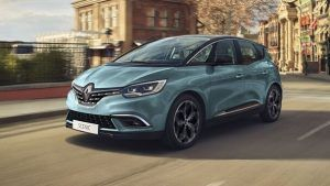 Renting Renault Grand Scenic
